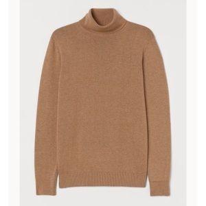 H&M Camel Lightweight Turtleneck Sweater
